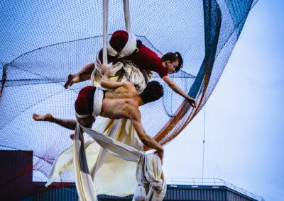 Montral Completement Cirque